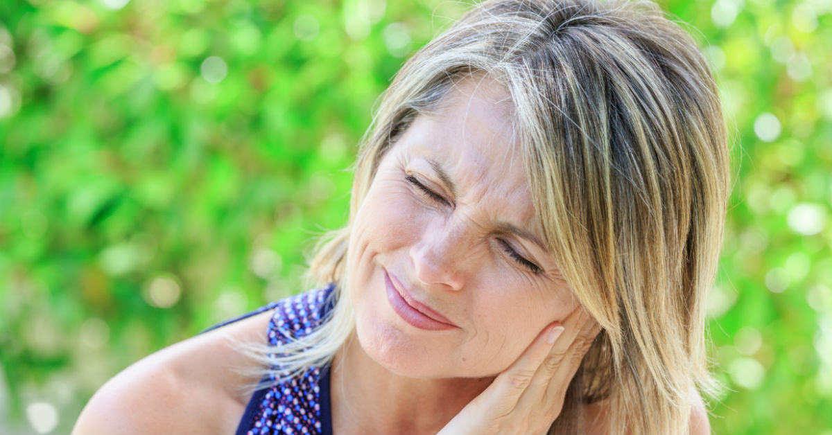 How To Ease Denture Pain